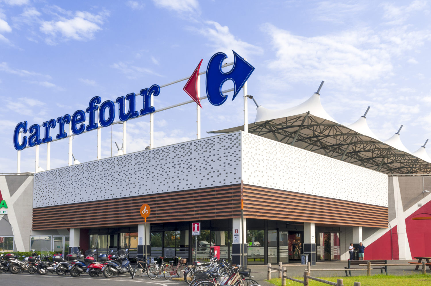 Carrefour Just Retail