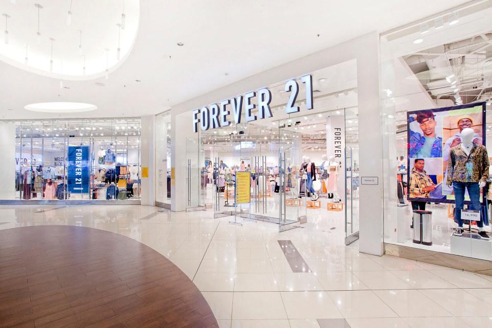 Forever 21 se asocia con AR Holdings para expandirse en América Latina - Just Retail