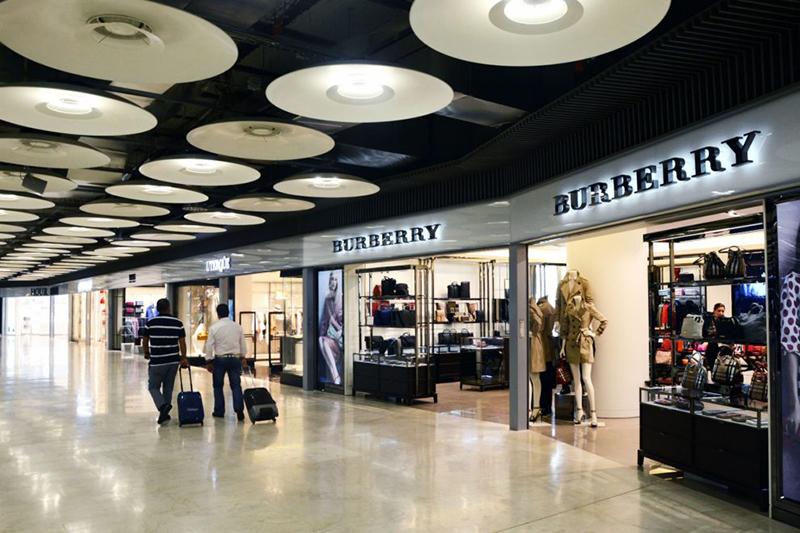 Las tiendas de los aeropuertos rechazan la rebaja de alquileres de AENA - Just Retail
