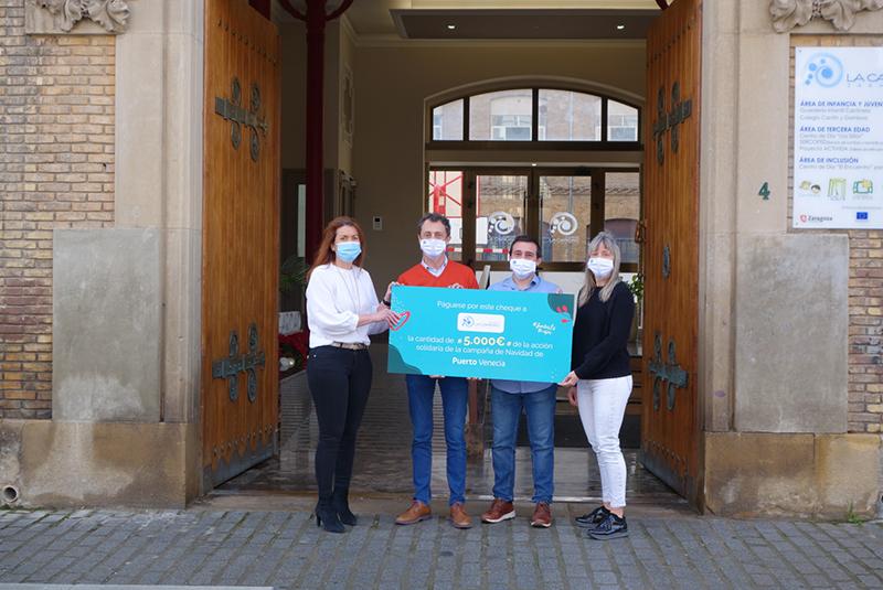 Puerto Venecia entrega 5.000 euros a Fundación La Caridad - Just Retail