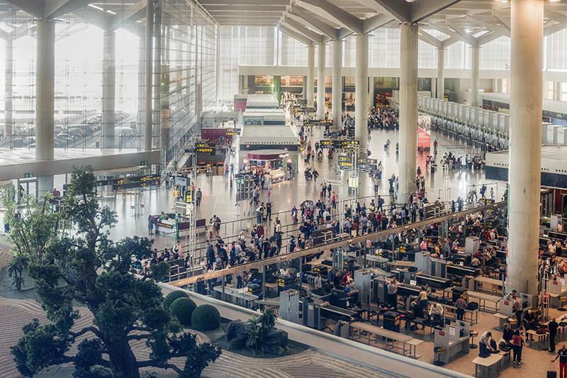 Comerciantes estallan contra AENA - Just Retail
