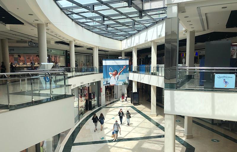 El centro comercial Ànecblau recupera su actividad con seguridad - Just Retail