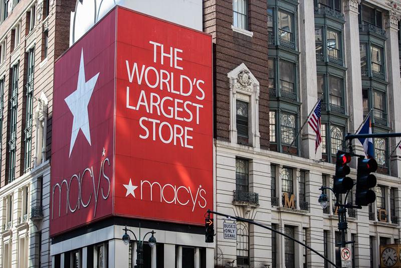 Klarna y Cosmopolitan transmitirán en directo un evento de compras virtual desde la flagship de Macy's - Just Retail