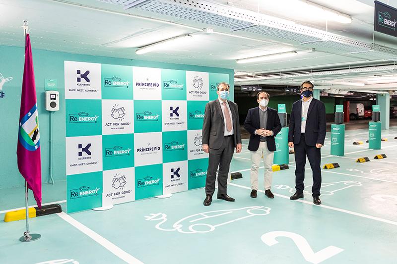 Se inaugura la mayor estacion de recarga de vehiculos electricos de Madrid en Principe Pio - Just Retail