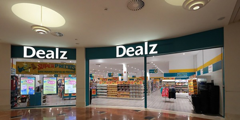 Dealz San Fernando Plaza apertura noticias retail
