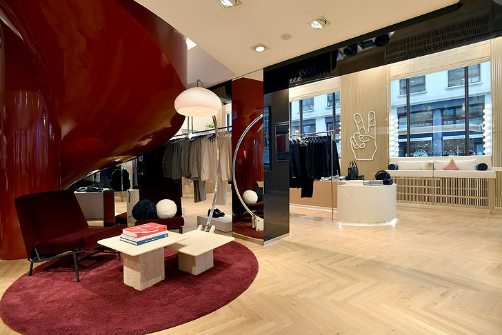 Impresionante flagship Tommy Hilfiger París