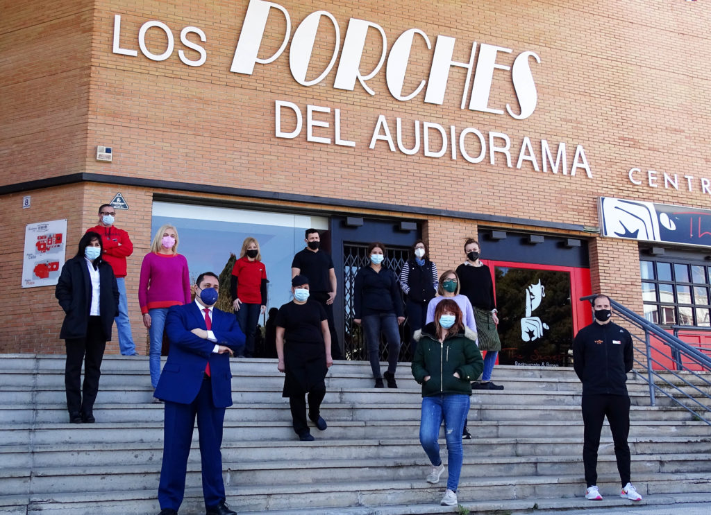 Los Porches del Audiorama impulsa estrategia digital apoyo comerciantes noticias retail