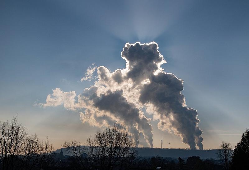 Nuveen Real Estate emisiones netas carbono nulas 2040 noticias retail