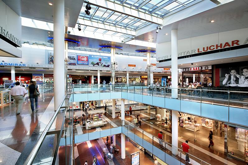 inversores esperan descuentos encima 30 % centros comerciales noticias retail