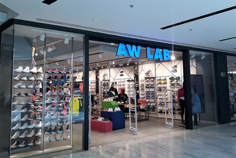 AW LAB Córdoba Murcia aperturas noticias retail