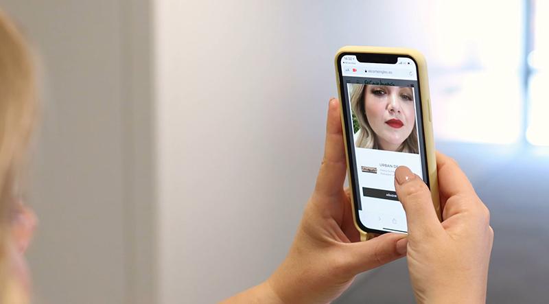 El Corte Inglés L'Oréal espejo virtual cosméticos noticias retail