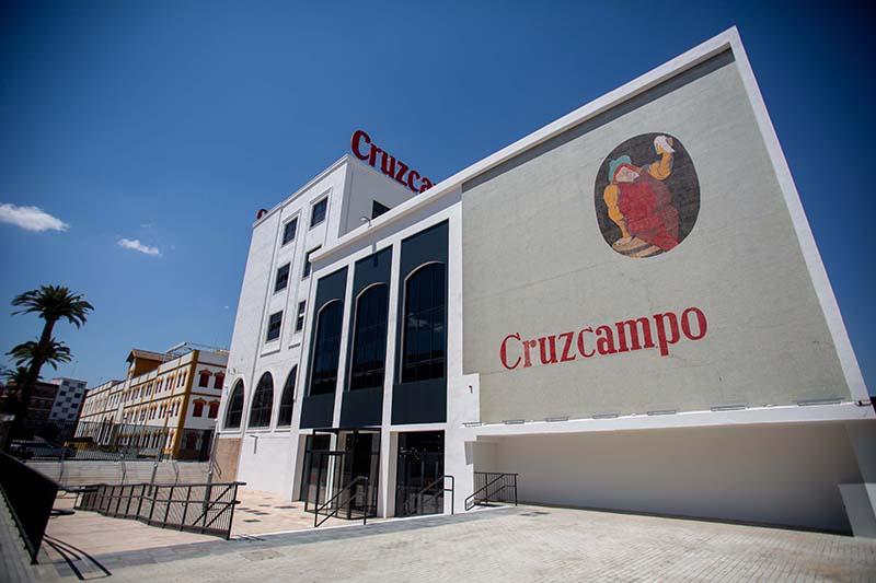 Factoría Cruzcampo Sevilla cultura cervecera talento fin social noticias retail