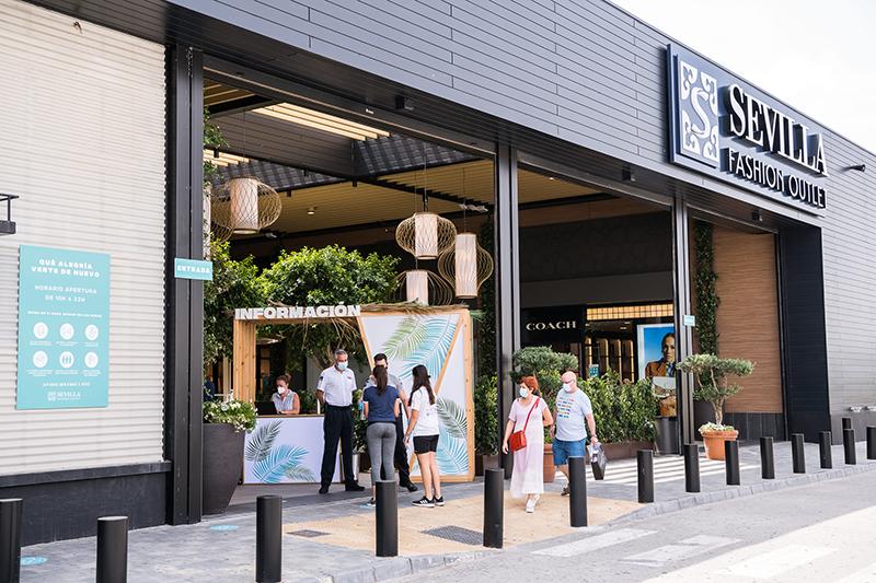 VIA Outlets reabre cartera 11 centros cierre COVID-19 noticias retail