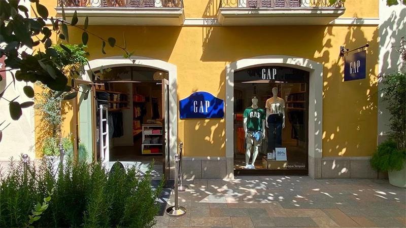 Gap Barcelona La Roca Village noticias retail