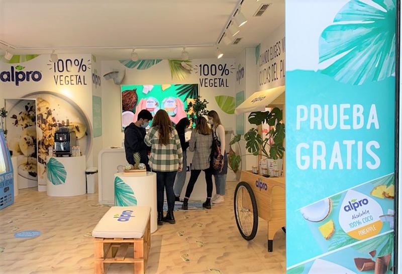 Danone activación marca Gran Vía madrileña noticias retail
