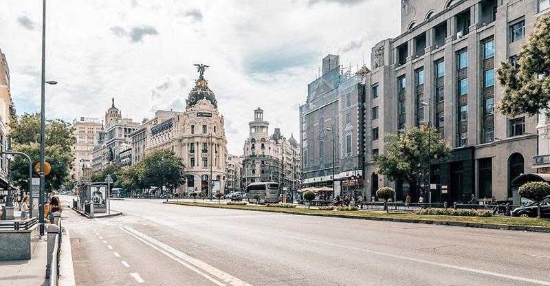 Uber campaña Madrid apoyo hostelería verano noticias retail