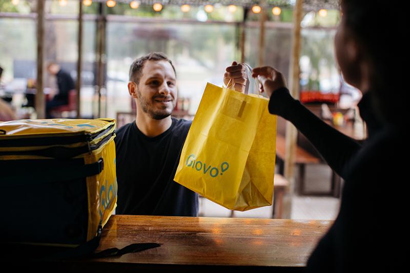 Glovo apuesta Q-Commerce adquisición Lola Market noticias retail