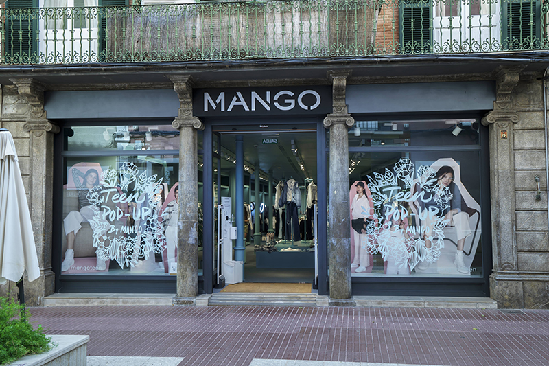 Mango tiendas pop-up línea teen apertura Menorca noticias retail