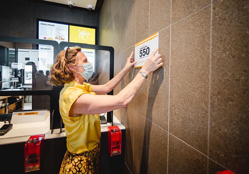 McDonalds inaugura restaurante Santiago noticias retail