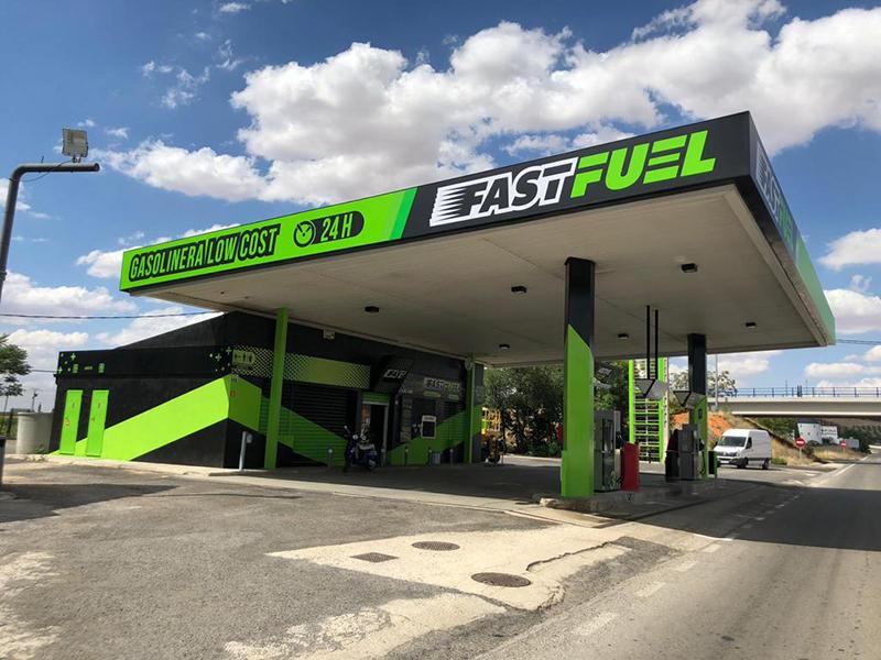 Nueva gasolineras low-cost Fast Fuel Canarias 2022 noticias retail