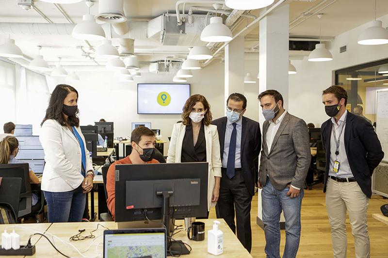Ayuso inaugura Madrid hub tecnologico Glovo noticias retail